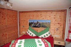Zirbenschlafzimmer5